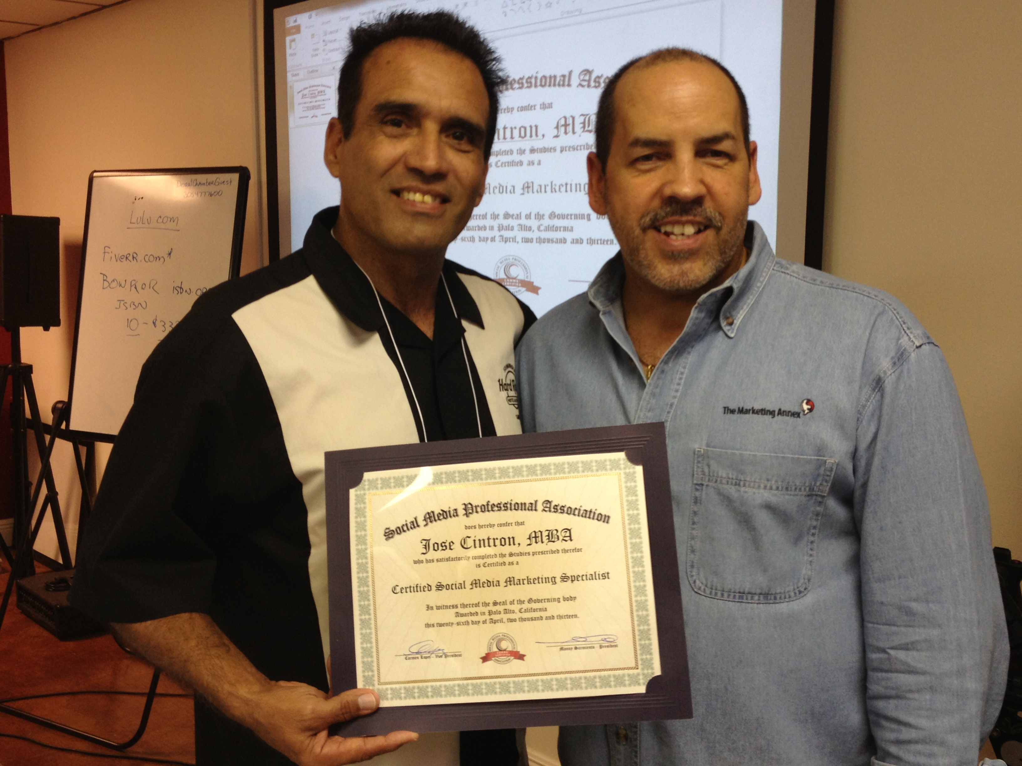 """Emmanuel """"Manny"""" Sarmiento CEO and founder of New Media New Marketing. WordPress Certificate of Completion WordPress Training Evening in Miami."""